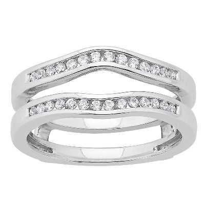 Baggett^s Diamond Solitaire Collection at Baggett's Jewelry